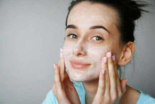 Are Buttermilk Masks Good for the Skin?