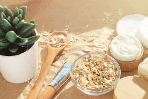 What Is Colloidal Oatmeal and What Are Its Benefits?