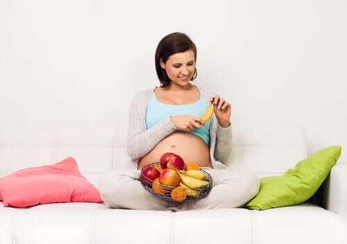 Risks of a High Sugar Diet During Pregnancy