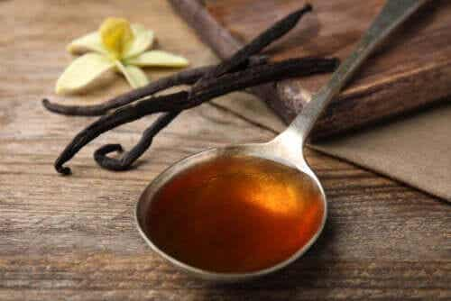 Vanilla Essence and Extract: What's the Difference?
