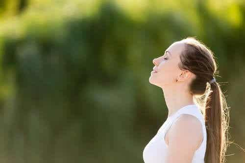 Controlled Breathing: What It Is and How to Practice It