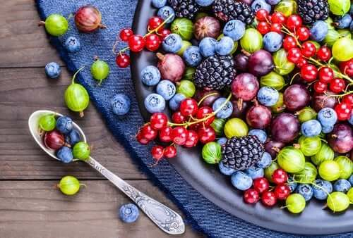 Types of Antioxidants: Properties and Uses