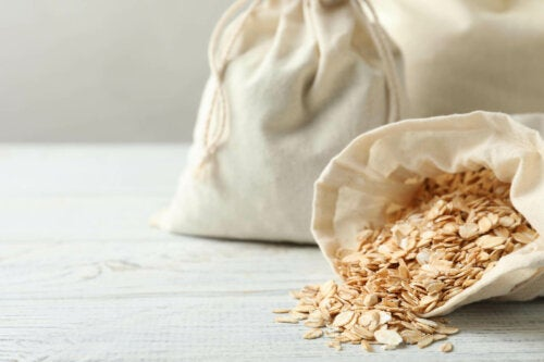 A couple bags of oats.