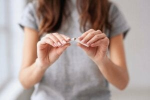 Kick The Habit: Nine Good Reasons To Stop Smoking
