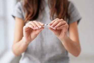 Kick The Habit: Nine Good Reasons To Stop Smoking