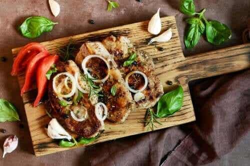 Discover This Delicious Recipe for Steak and Onions