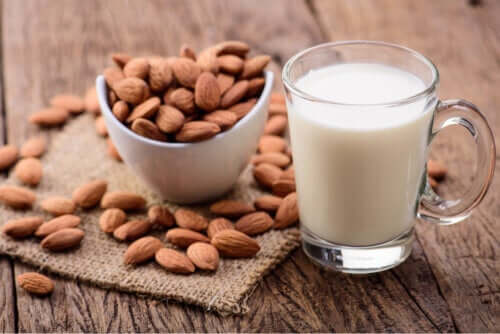 Almond Milk for Children: Benefits and Disadvantages