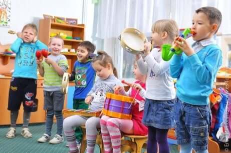 Young students in music class.