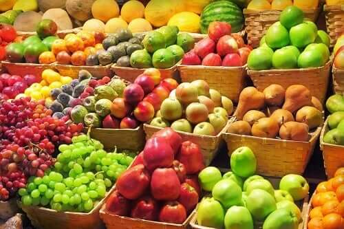 Why we should eat fruit and vegetables.