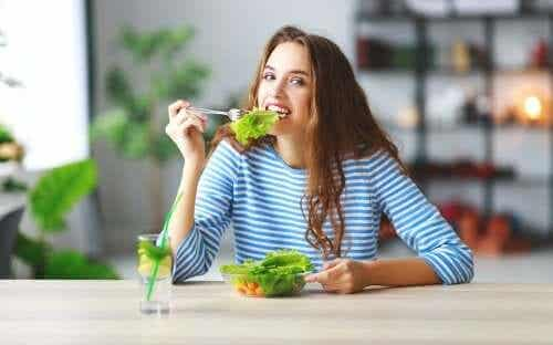 Six Tips to Eat Less and Not Be Hungry