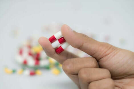 Red and white pills.