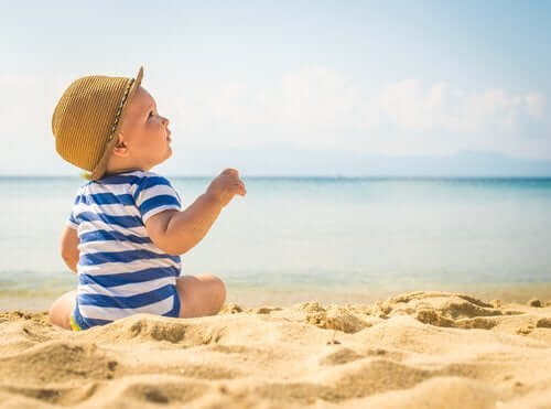 Protecting Children from Heatwaves: Warnings and Tips