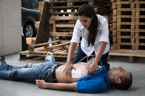 How to Respond when Someone Has a Sudden Cardiac Arrest