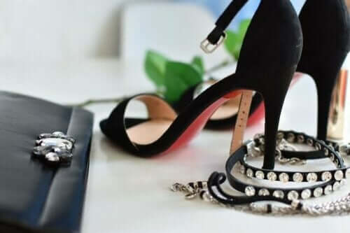 How to Choose the Right Heels for Your Dress