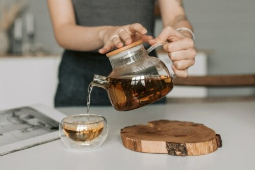 4 Infusions with Honey to Improve Your Health