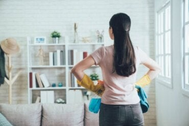 Use the 20/10 Method to Organize Your Home