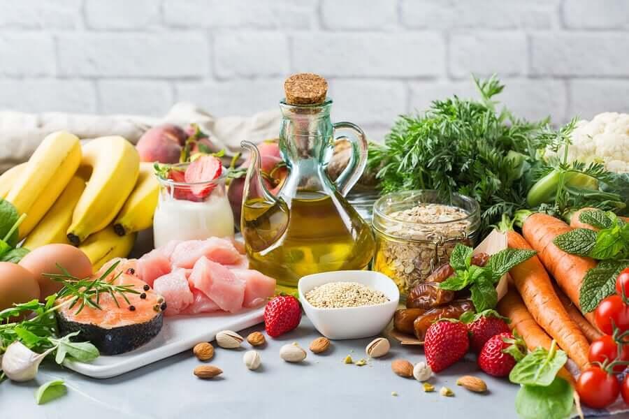 Foods from the mediterranean diet.