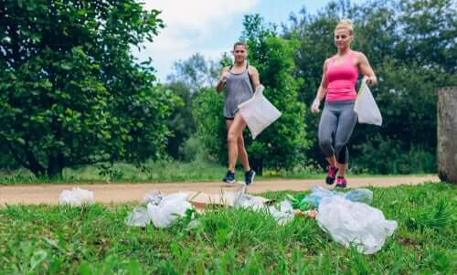 Plogging: Exercising while Caring for the Environment