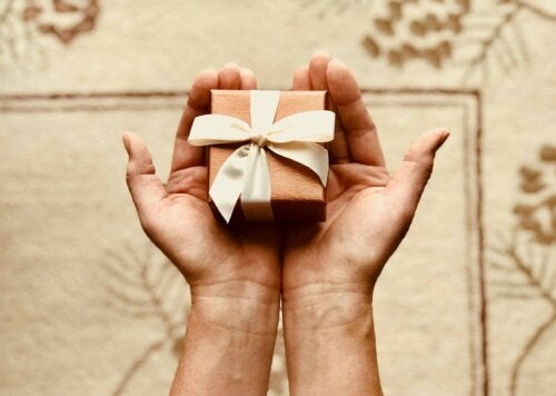 A person holding a present.