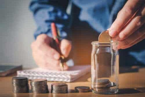 SMART Goals Can Help Improve Your Finances