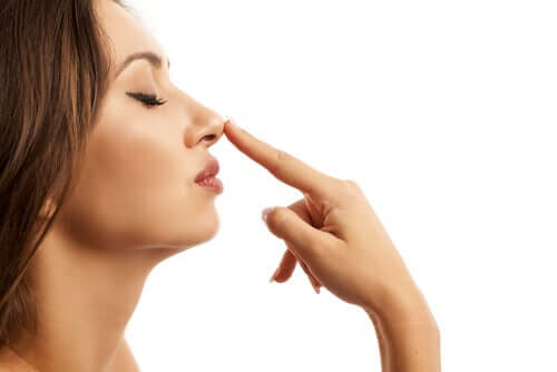 Anosmia or Loss of Sense of Smell: What Can Cause It?