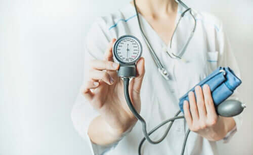 The Age to Start Controlling Arterial Hypertension