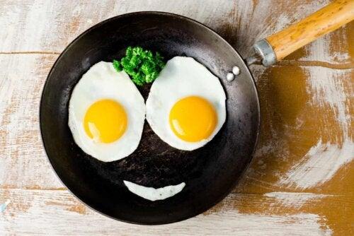 A happy egg face.