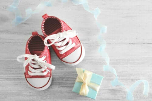 Is Walking Barefoot Good or Bad for Children?