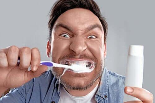 Bleachorexia: The Obsession with White Teeth