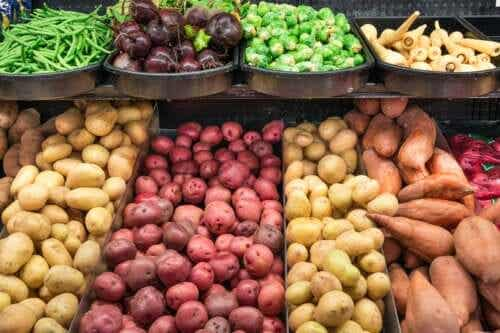 The Difference Between Tubers, Tuberous Roots, and Bulbs