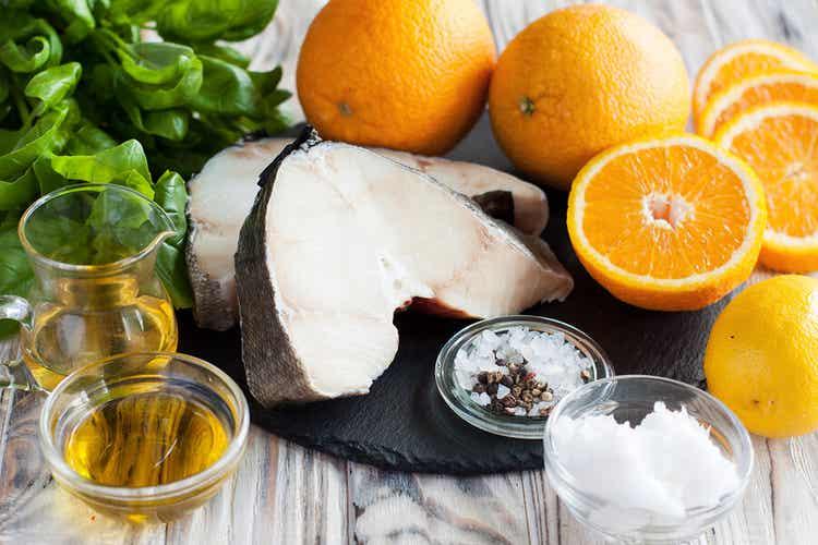 Cod, oranges, olive oil, and salt.