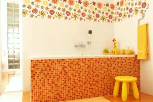 Seven Ideas for Kid Friendly Bathroom Decor