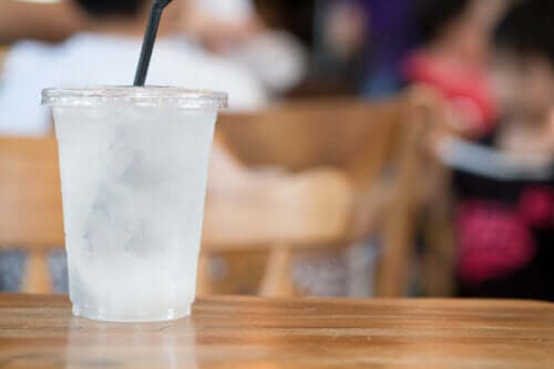 Pagophagia: The Desire to Eat Ice or Iced Drinks