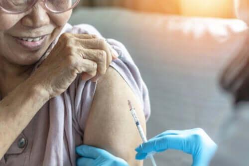 Studies Show Efficacy of Pneumonia Vaccine in Older Adults