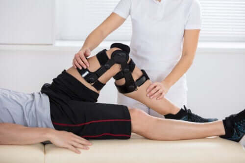 What Causes a Posterior Cruciate Ligament Injury?