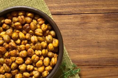 How to Roast Chickpeas in the Oven