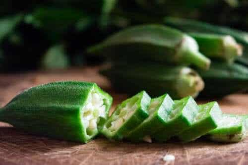 """Okra or """"Ladies' Fingers"""": Characteristics, Uses, and Benefits"""