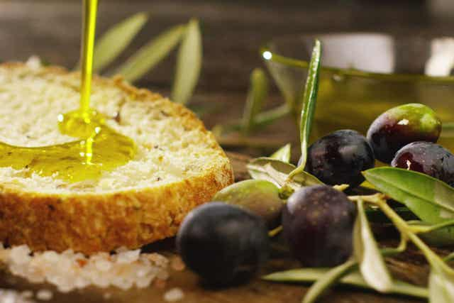 Olive oil drizzled on bread.