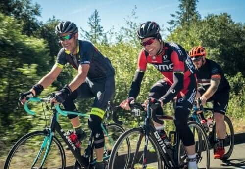 What to Eat Before, During and After Bicycling?