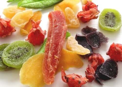 How to Dehydrate Fruit at Home