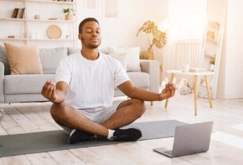 What is Vipassana Meditation and What Are the Benefits?