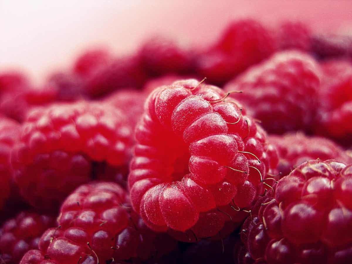 En bunke hindbær