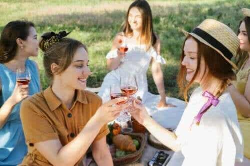 8 Tips to Organize a Summer Party