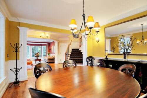 6 Tips for Choosing a Dining Room Table