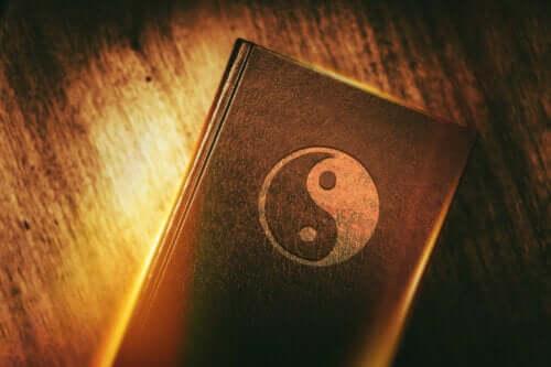 Origin, Characteristics and Principles of Taoism