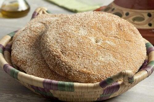 A bread basket.