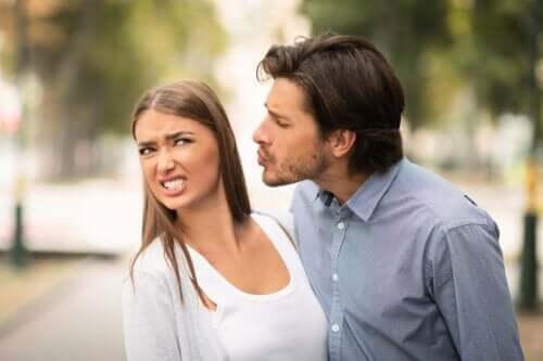 Is It Possible to Overcome a Kissing Phobia?