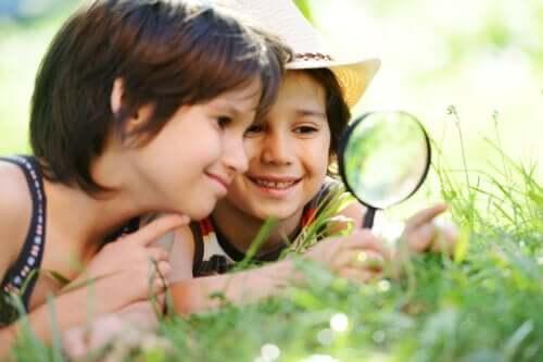 12 Summer Activities to Do with Children