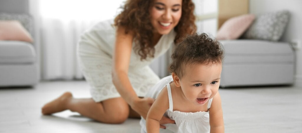 The Importance of Crawling for your Baby's Development