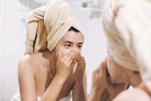 Ways to Exfoliate Dead Skin